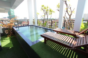 Newly Constructed 3 Bedroom Penthouse in Tonle Bassac   Phnom Penh Real Estate