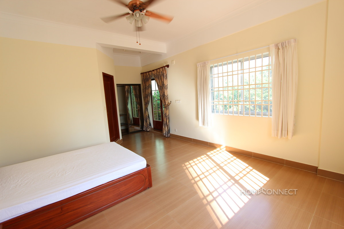 Apartment Building Rental in Tonle Bassac | Phnom Penh Real Estate