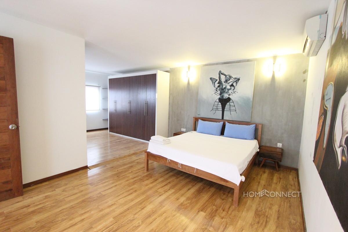 Newly Renovated Western 2 Bedroom Near Riverside | Phnom Penh Real Estate
