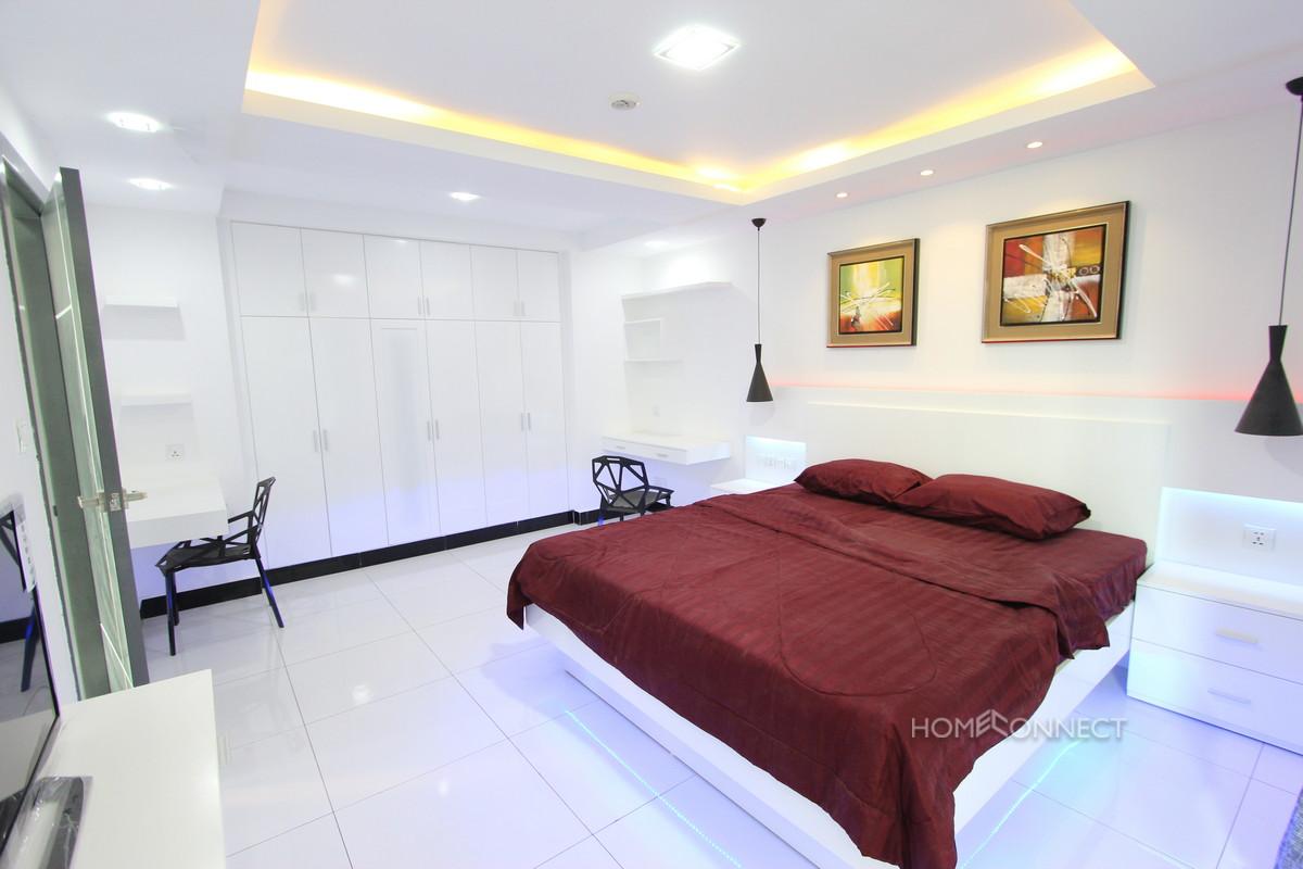 Large Modern One Bedroom Apartment in BKK3 | Phnom Penh Real Estate