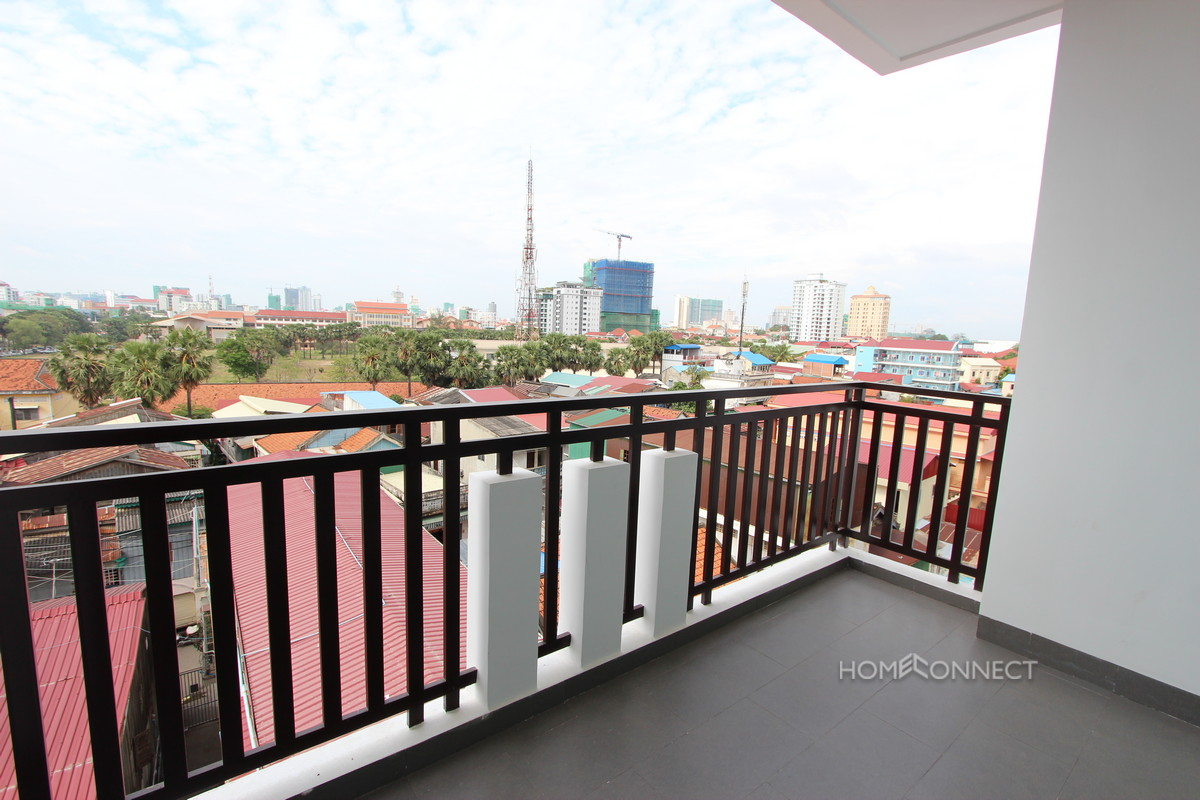 Fantastic 2 Bedroom Apartment in Tonle Bassac | Phnom Penh Real Estate