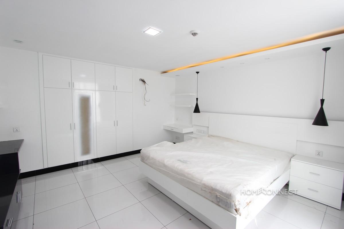 Large 3 Bedroom Penthouse in BKK3 | Phnom Penh Real Estate