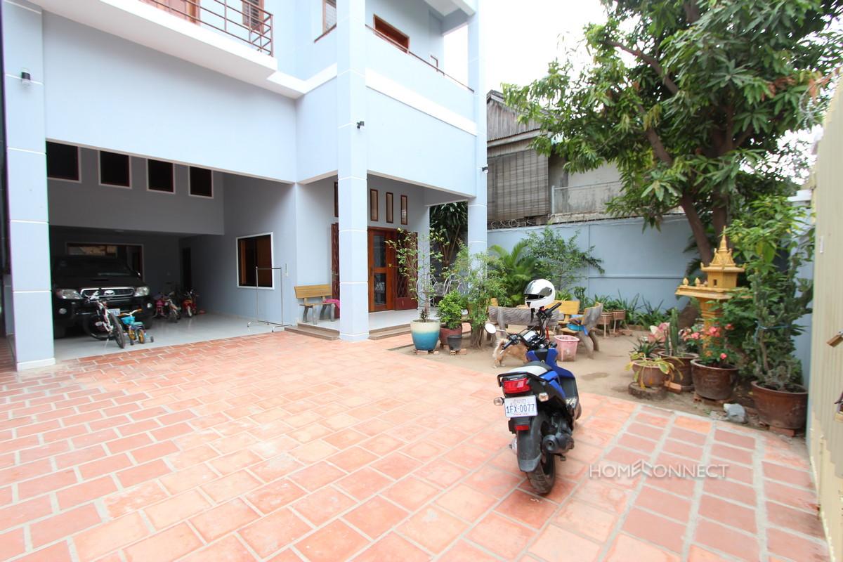 Large 6 Bedroom Townhouse in BKK2   Phnom Penh Real Estate