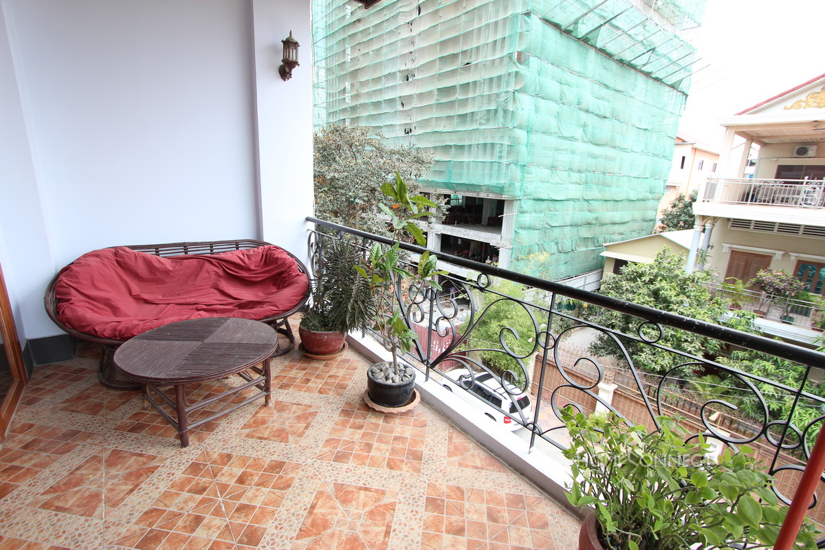 Large Balcony 2 Bedroom Apartment Near Russian Market | Phnom Penh Real Estate
