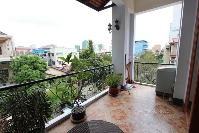 Large Balcony 2 Bedroom Apartment Near Russian Market | Phnom Penh Real Estate