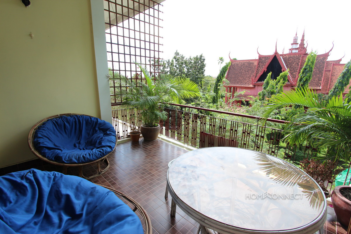 Large Balcony 2 Bedroom Apartment Close to Riverside | Phnom Penh Real Estate