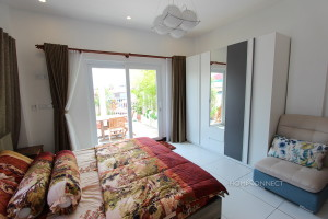 Colonial 2 Bedroom Apartment Near Riverside For Rent   Phnom Penh Real Estate