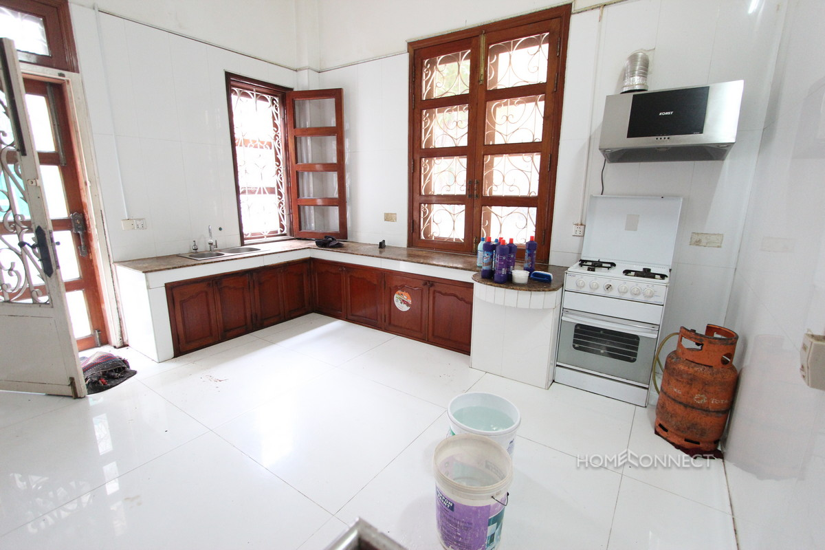 Large 5 Bedroom Villa With Private Pool For Rent In Toul Kork | Phnom Penh Real Estate