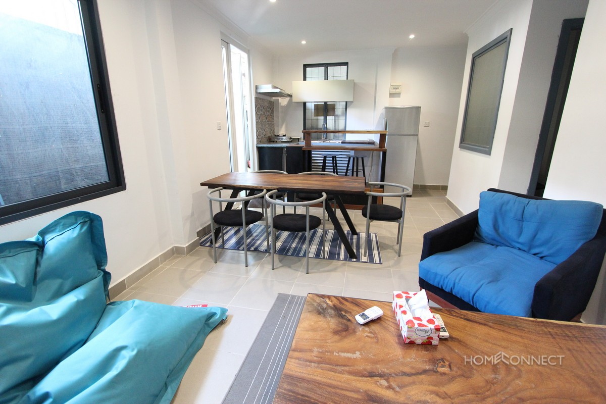 Modern Two Bedroom Apartment Close to Independence Monument | Phnom Penh Real Estate