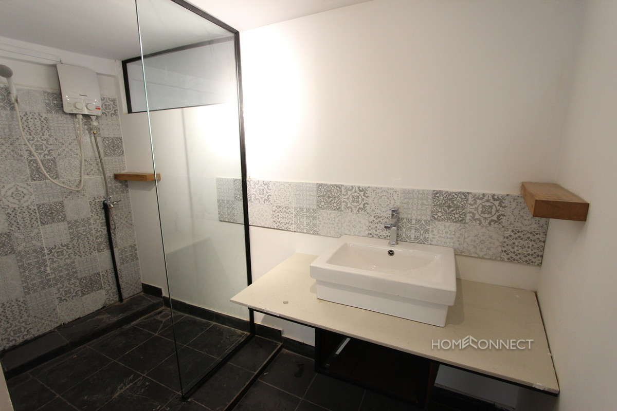 Modern 1 Bedroom Close to Independence Monument | Phnom Penh Real Estate