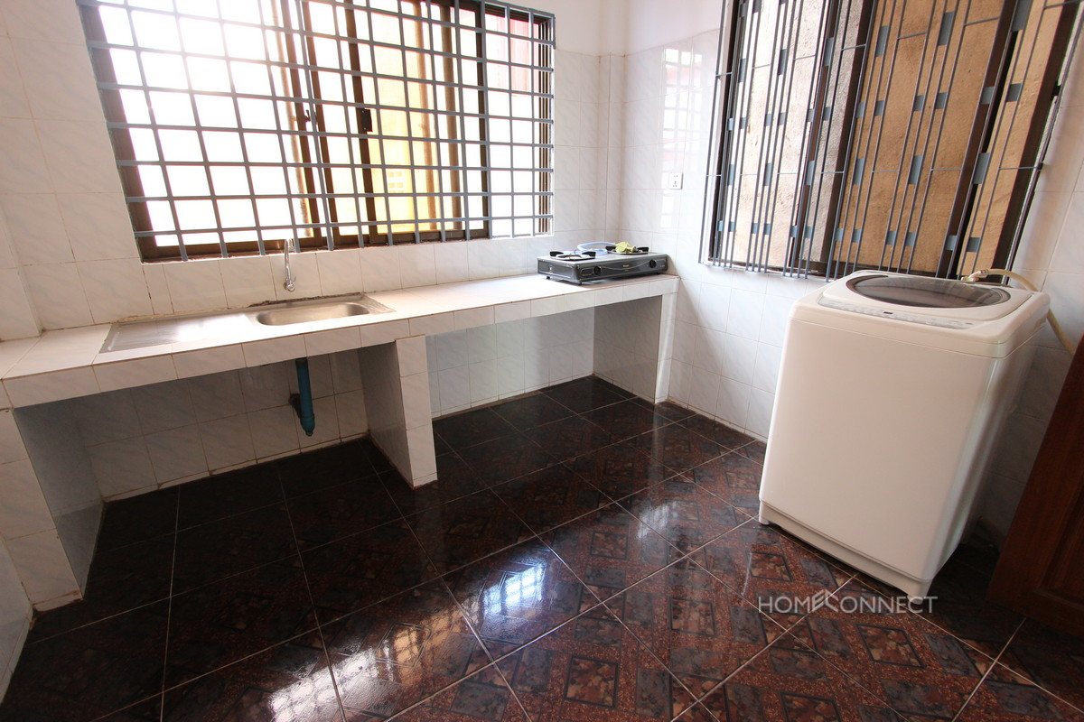 Large and Spacious 3 Bedroom Apartment in Tonle Bassac | Phnom Penh Real Estate