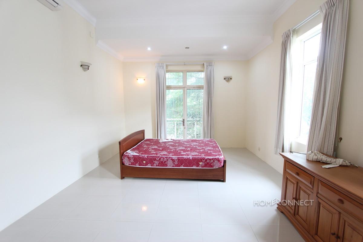 Secure Family Villa Located Near the Northbridge School   Phnom Penh Real Estate