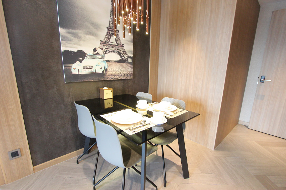 Modern and New 1 Bedroom Apartment in Tonle Bassac | Phnom Penh Real Estate