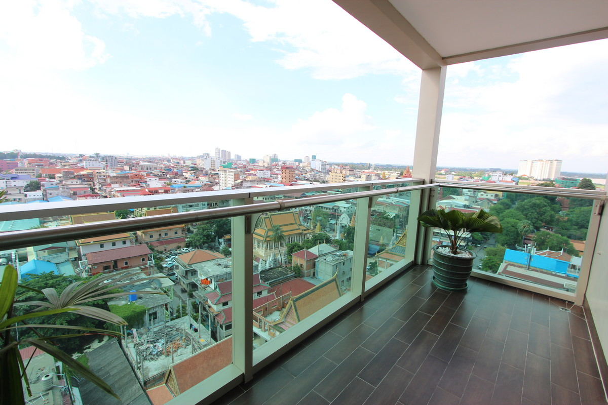 Exquisite 4 Bedroom Penthouse in Daun Penh | Phnom Penh Real Estate