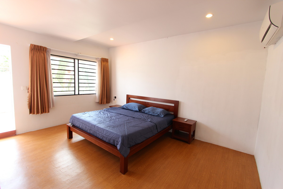 Modern central 2 bedroom apartment for rent in bkk1 for Modern 1 bedroom apartments