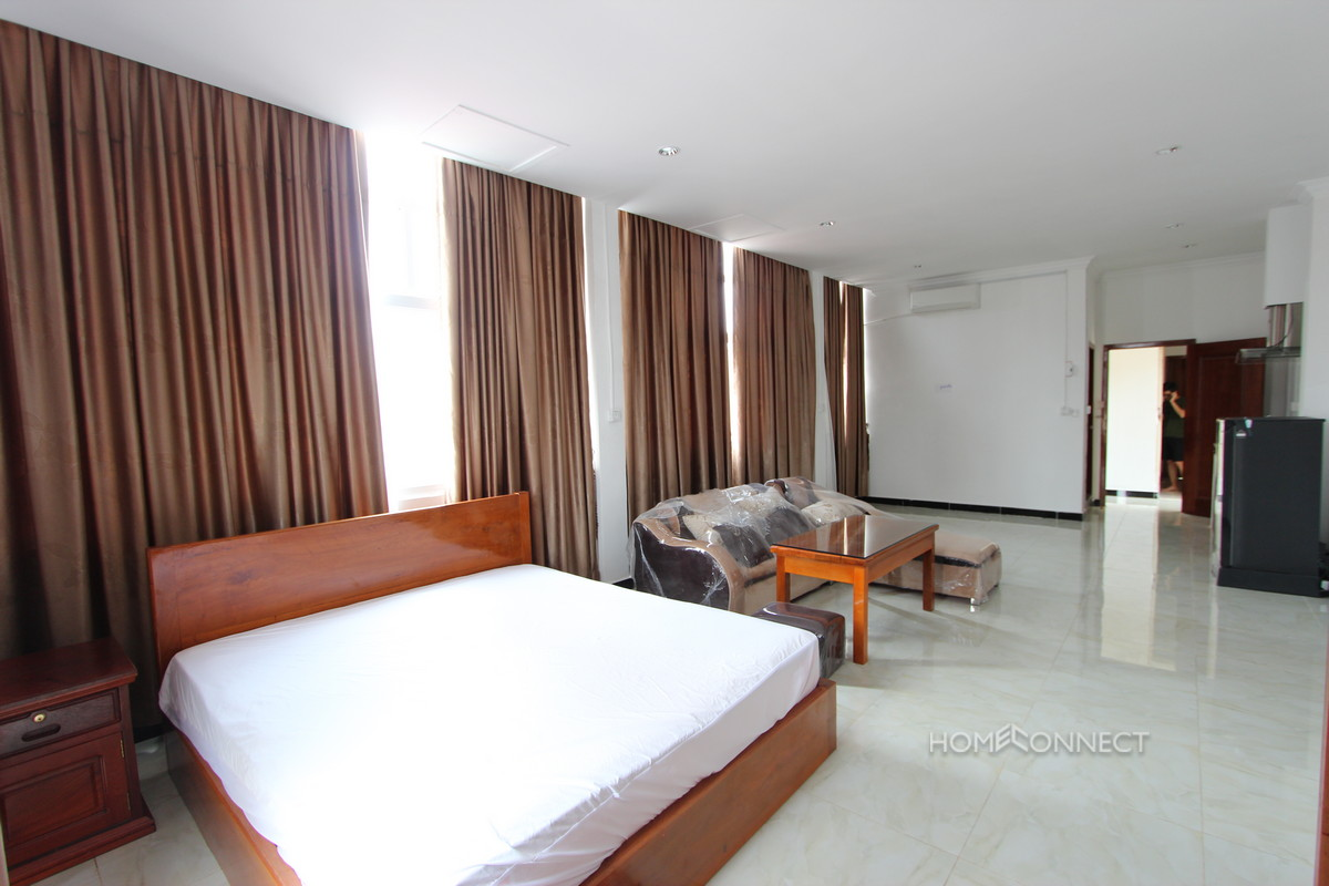 Spacious 1 Bedroom 1 Bathroom Studio Apartment in BKK3 | Phnom Penh Real Estate