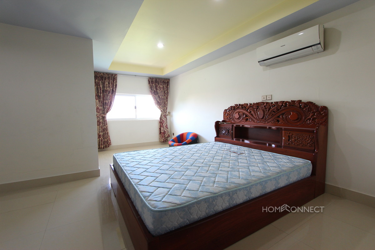 Budget 4 Bedroom 4 Bathroom Townhouse Near Russian Market | Phnom Penh Real Estate