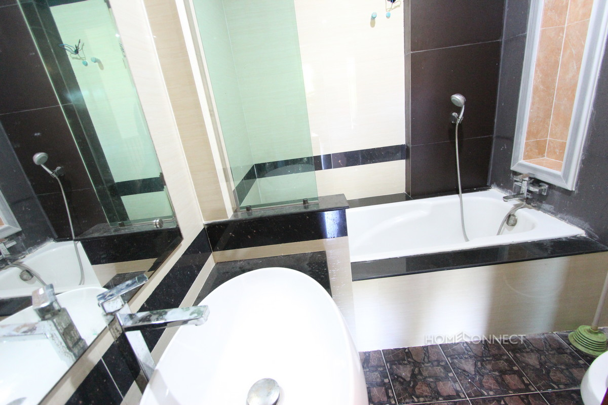 Spacious 4 Bedroom 4 Bathroom Townhouse in Boung Tumpoung | Phnom Penh Real Estate