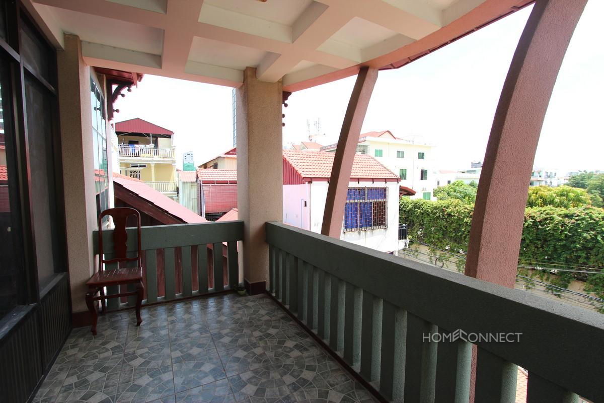 Spacious 4 Bedroom 4 Bathroom Apartment in Daun Penh | Phnom Penh Real Estate