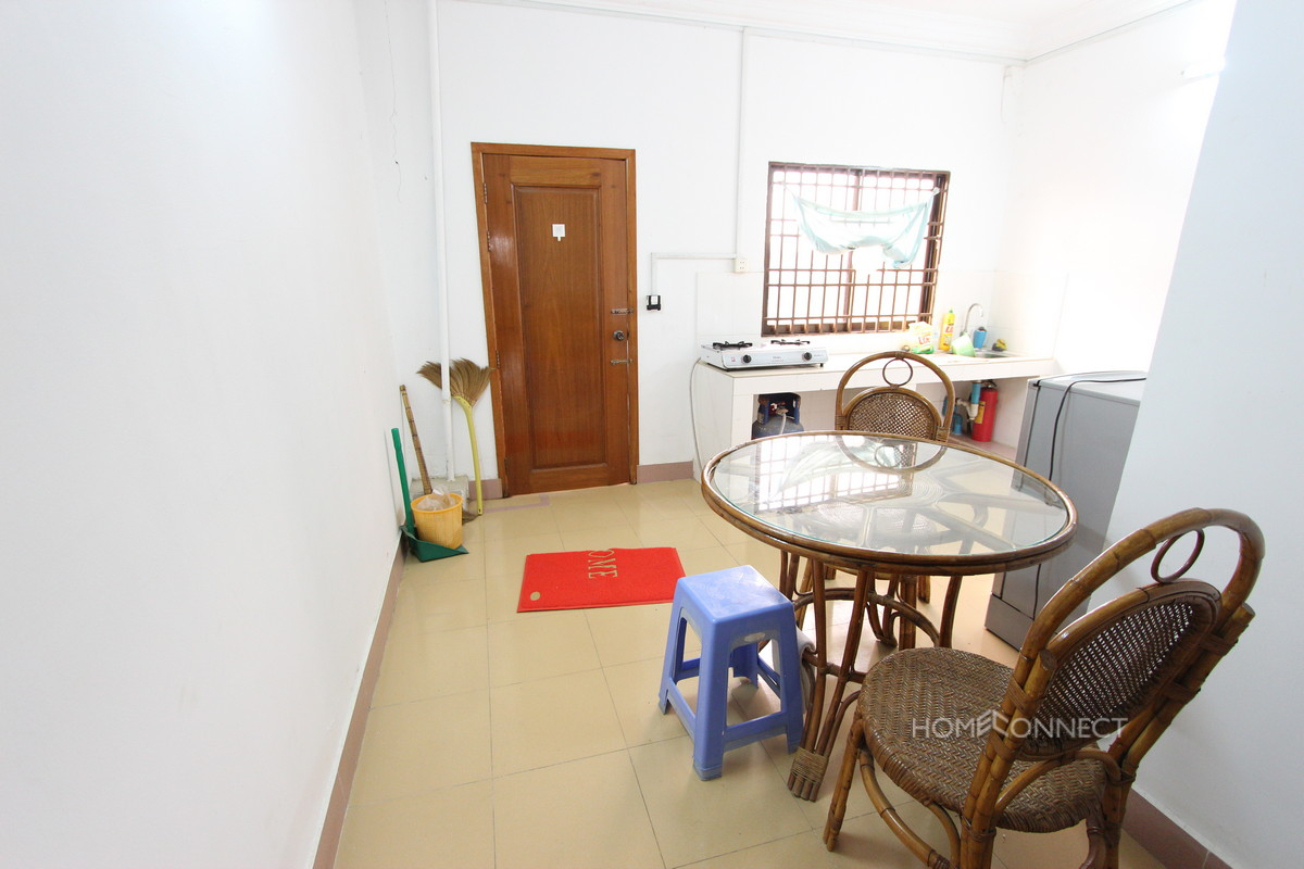 Comfortable 1 Bedroom 1 Bathroom Apartment for Rent in Daun Penh | Phnom Penh Real Estate
