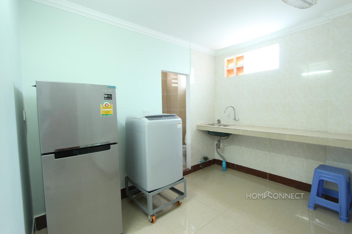 Comfortable 1 Bedroom 2 Bathroom Apartment for Rent Near Bassac Lane   Phnom Penh Real Estate