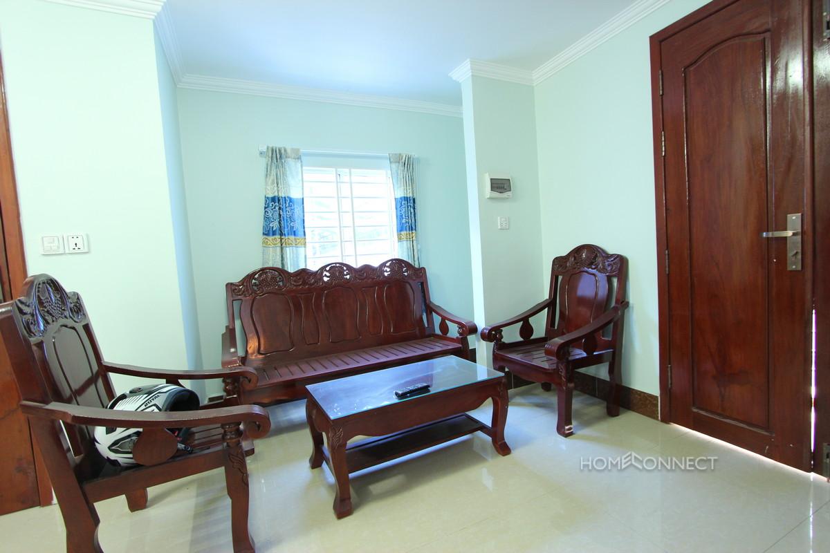 Comfortable 1 Bedroom 2 Bathroom Apartment for Rent Near Bassac Lane | Phnom Penh Real Estate