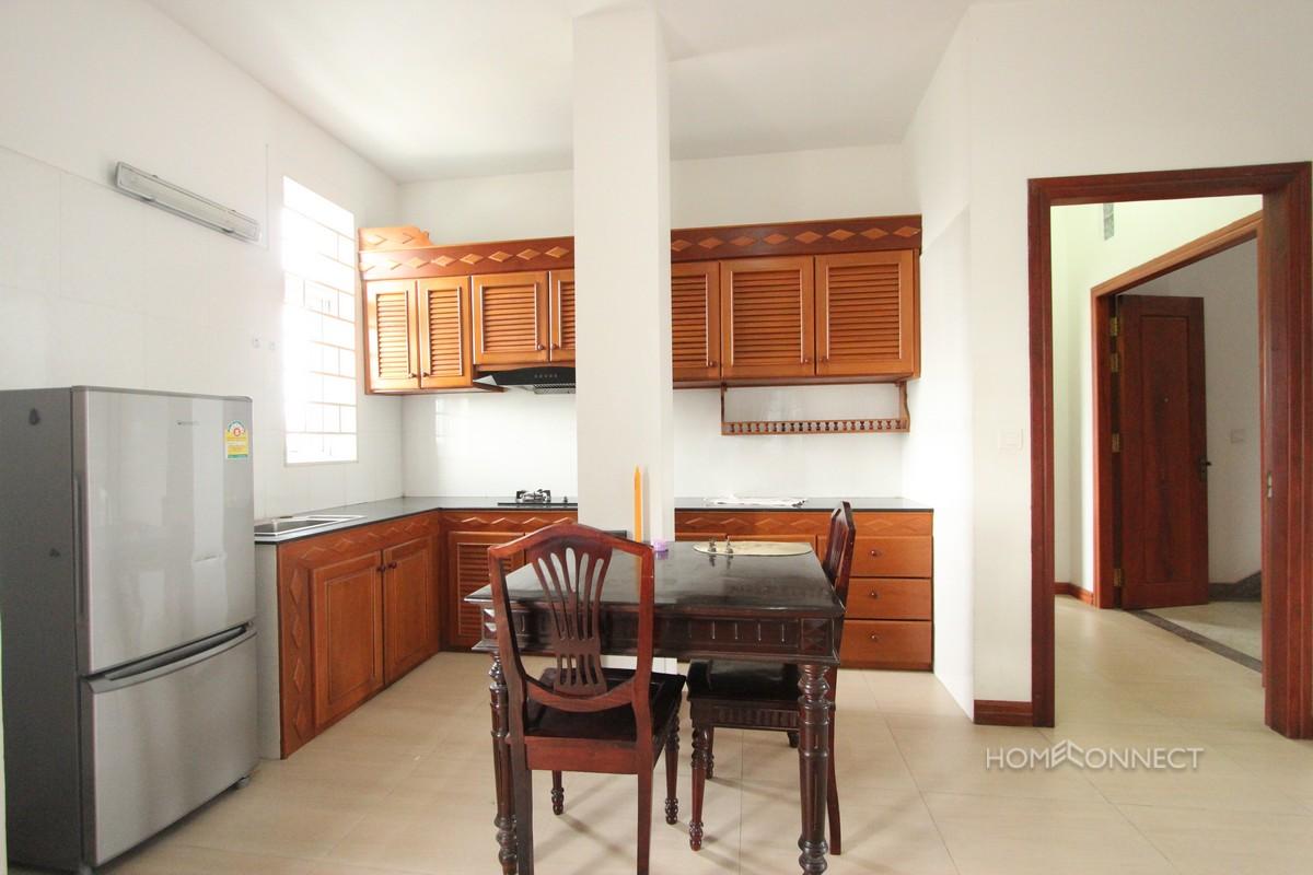 Comfortable 1 Bedroom 2 Bathroom Apartment for Rent in Tonle Bassac | Phnom Penh Real Estate