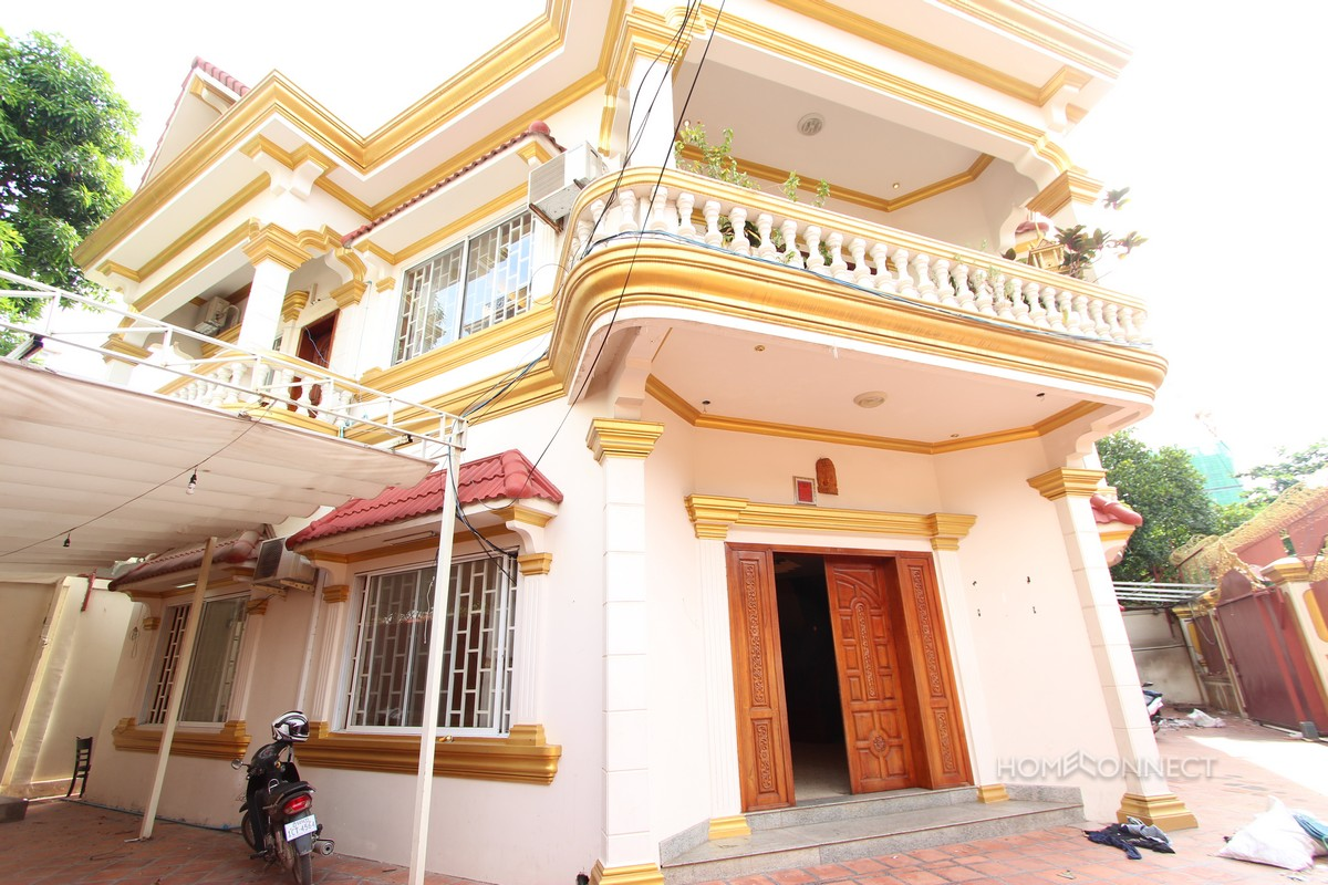Spacious 4 Bedroom 4 Bathroom Villa For Rent in BKK1   Phnom Penh Real Estate