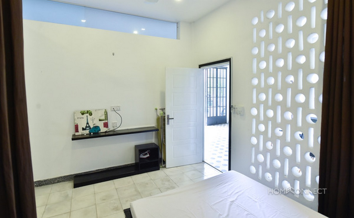 Colonial Style 2 Bedroom Apartment For Rent in 7 Makara | Phnom Penh Real Estate