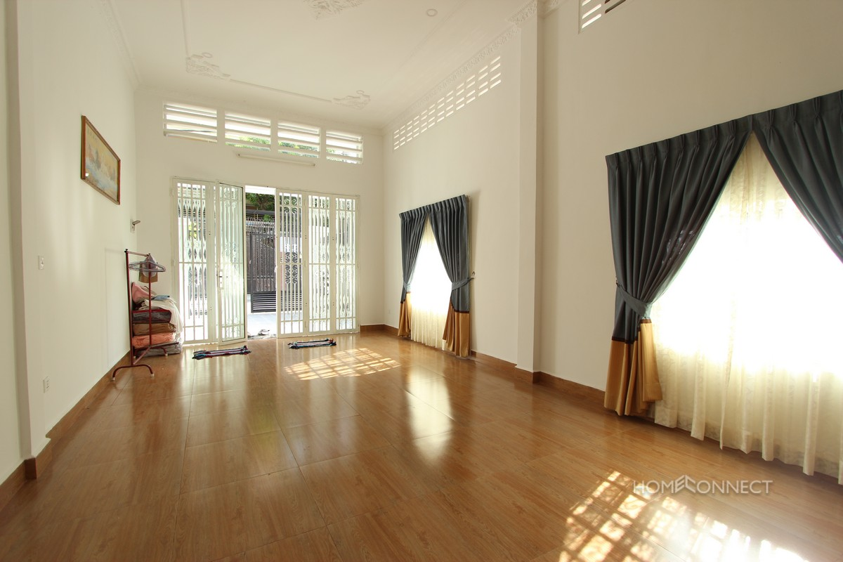 Budget 2 Bedroom 1 Bathroom Townhouse For Rent In Russian