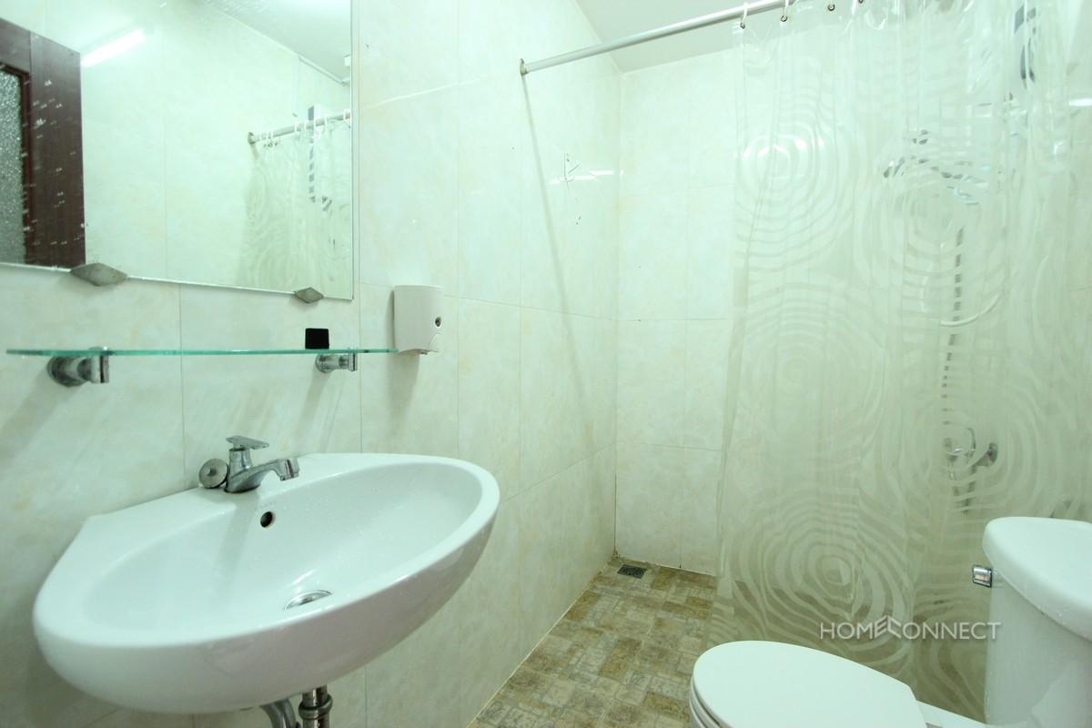 Budget 1 Bedroom 1 Bathroom Apartment For Rent Near Old Market   Phnom Penh Real Estate