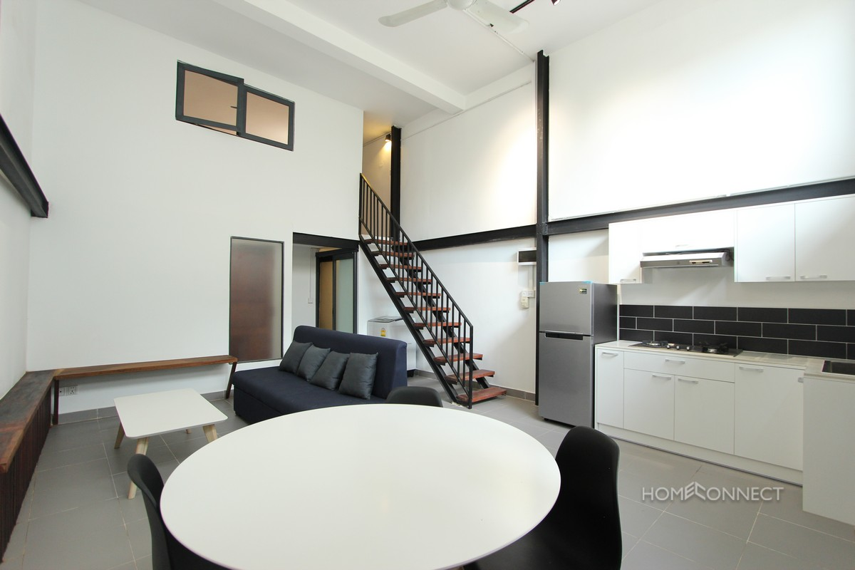 Western 2 Bedroom Apartment Near Independence Monument | Phnom Penh Real Estate