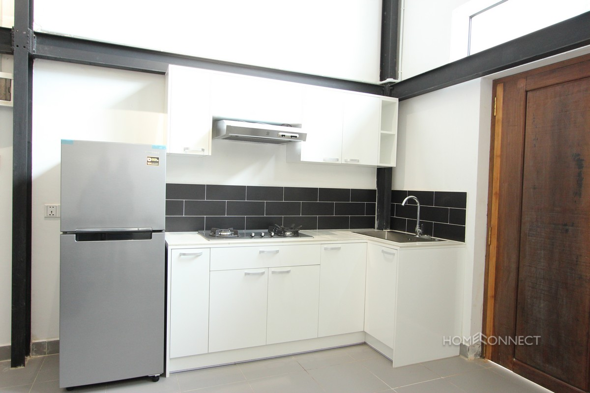 Western 2 Bedroom Apartment Near Independence Monument   Phnom Penh Real Estate