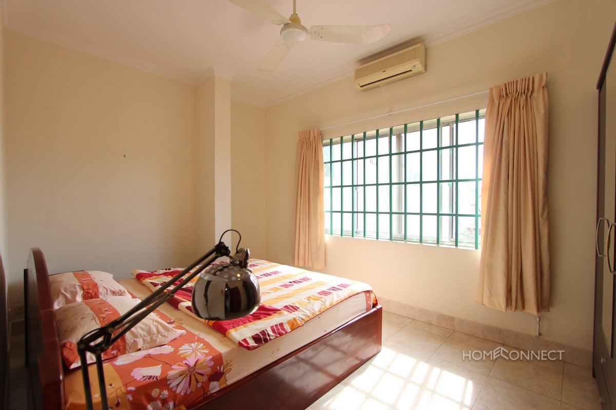 Spacious 2 Bedroom 1 Bathroom Apartment For Rent Near Central Market | Phnom Penh Real Estate