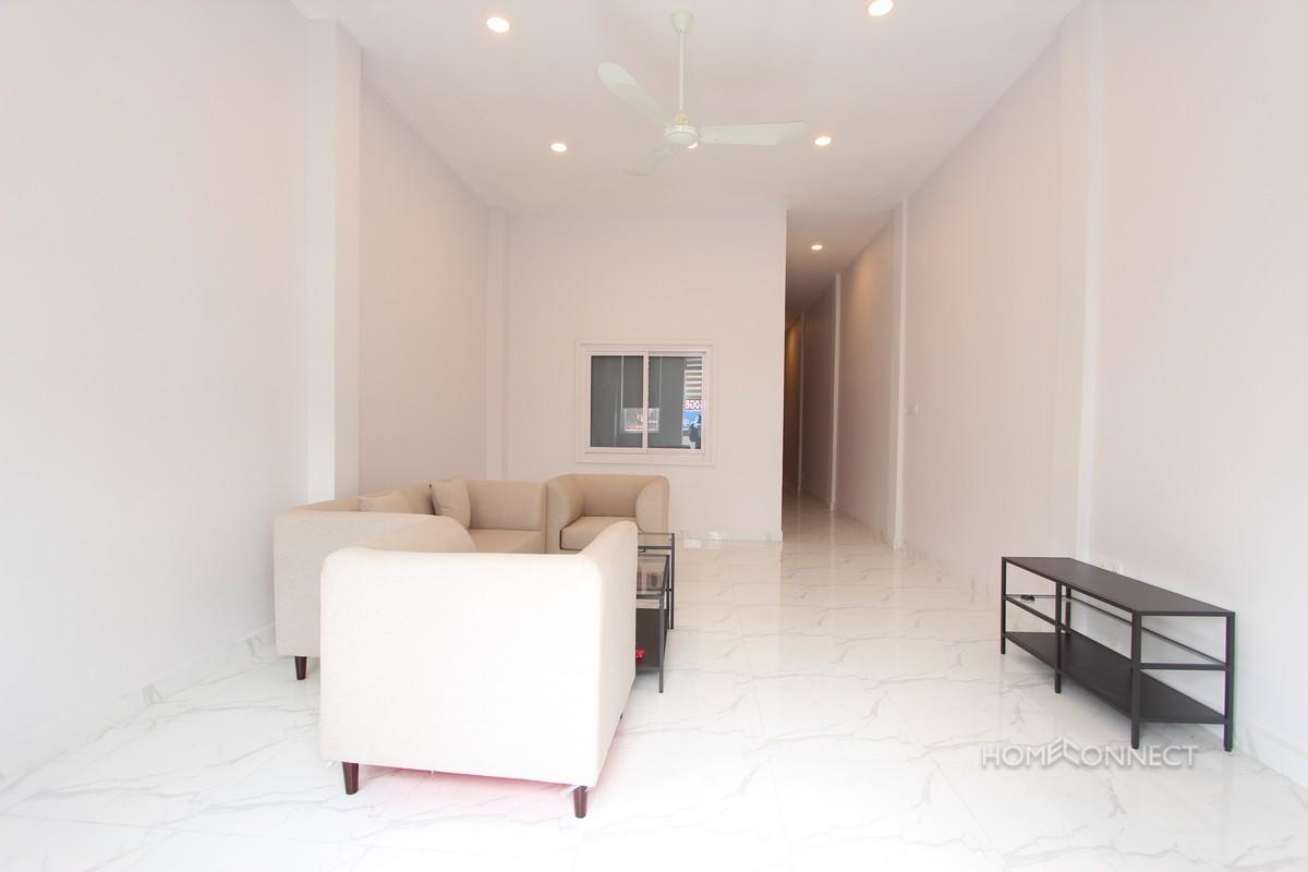 Modern 2 Bedroom 2 Bathroom Apartment for Rent Near Central Market | Phnom Penh Real Estate