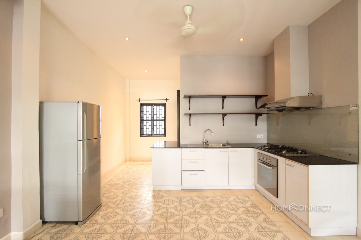 Renovated 2 Bedroom 3 Bathroom Apartment For Rent Near Riverside Phnom Penh Apartments