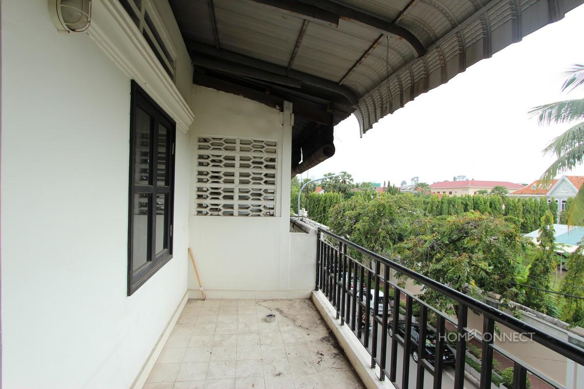 Renovated 2 Bedroom 3 Bathroom Apartment For Rent Near Riverside | Phnom Penh Real Estate