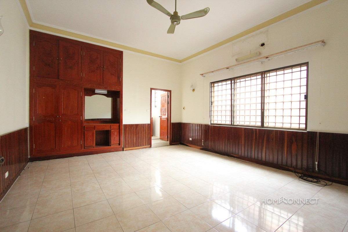 Spacious 5 Bedroom 5 Bathroom Villa For Rent in BKK1 | Phnom Penh Real Estate