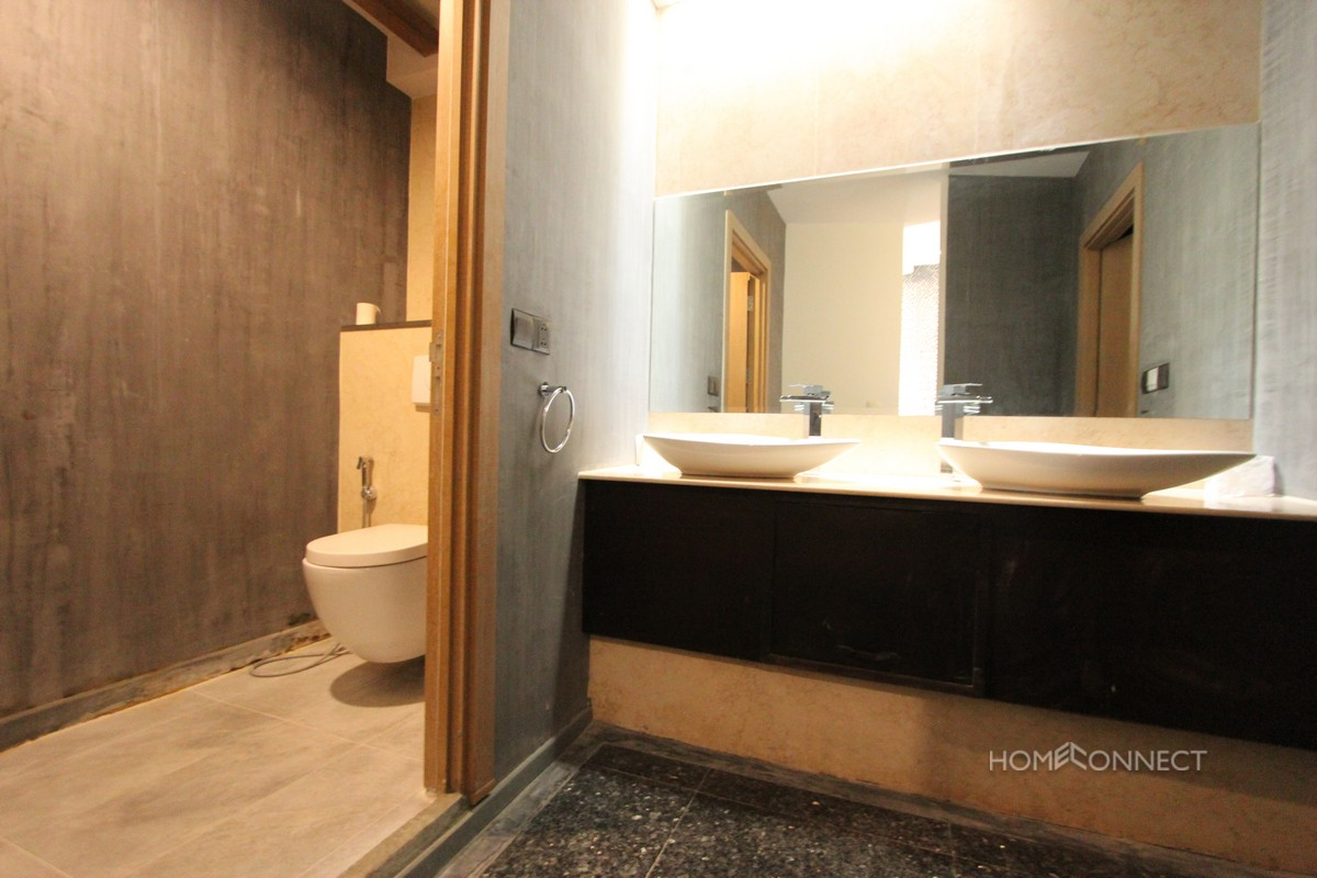 Private Rooftop 5 Bedroom Penthouse In Chroy Chungva   Phnom Penh Real Estate