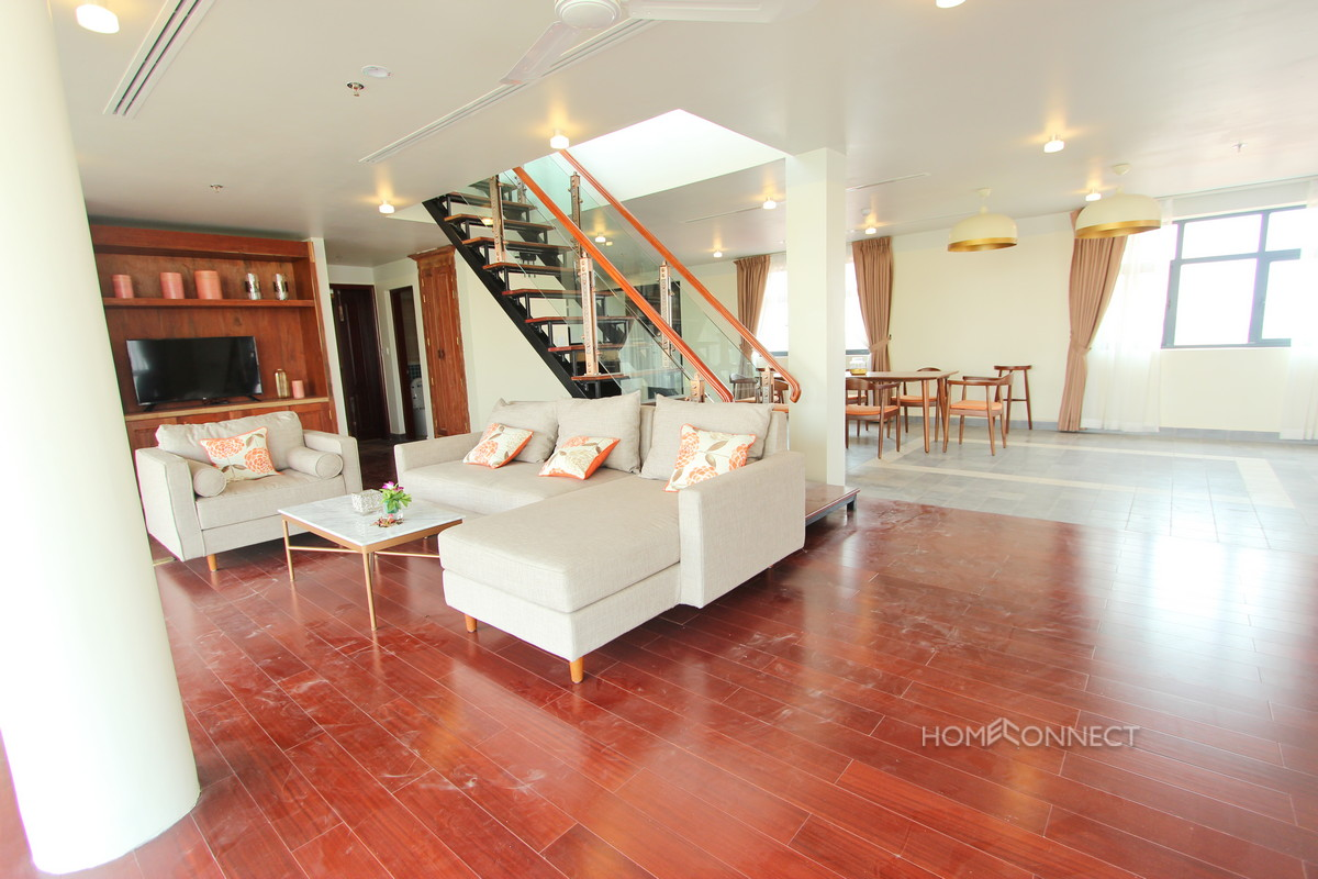 Penthouse With 3 Bedrooms in Wat Phnom | Phnom Penh Real Estate