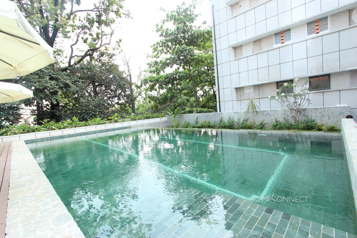 Family Sized 3 Bedroom Apartment in Wat Phnom | Phnom Penh Real Estate