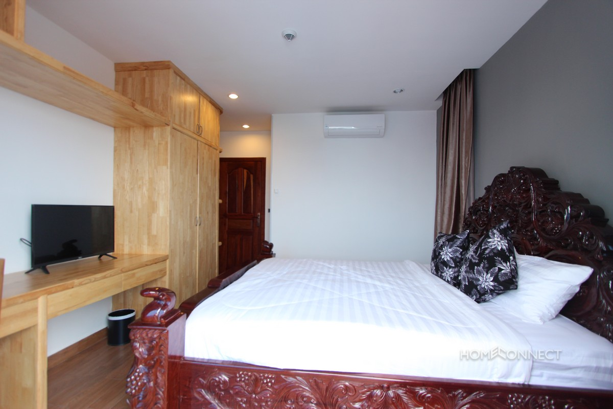 Modern 3 Bedroom Serviced Apartment Close to Russian Market | Phnom Penh Real Estate.