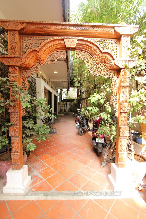 Khmer Style 3 Bedroom Townhouse Near Royal Palace | Phnom Penh Real Estate