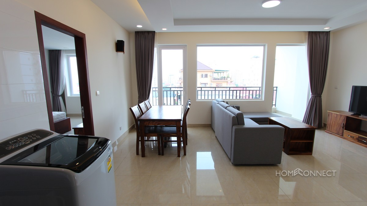 Spacious 2 Bedroom Apartment Close to Russian Market | Phnom Penh Real Estate