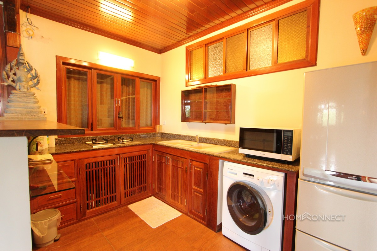 Traditional 2 Bedroom Apartment Near National Museum | Phnom Penh Real Estate