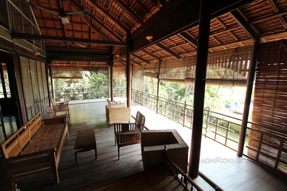 Beautiful 5 bedroom Villa For Sale on The Mekong   Phnom Penh Real Estate